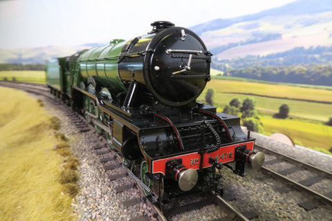 Sancheng 7mm Finescale O Gauge LNER Apple Green A3 '4472' 'Flying Scotsman' DCC Sound & Smoke!