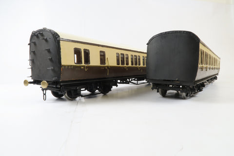 Pair of Gauge 1 Kit Built 10mm Brake Third Corridor Coaches