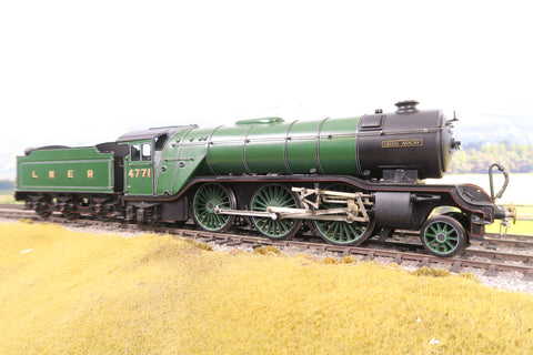 7mm Finescale O Gauge Scratch Built LNER Lined Green 2-6-2 V2 '4771' 'Green Arrow'