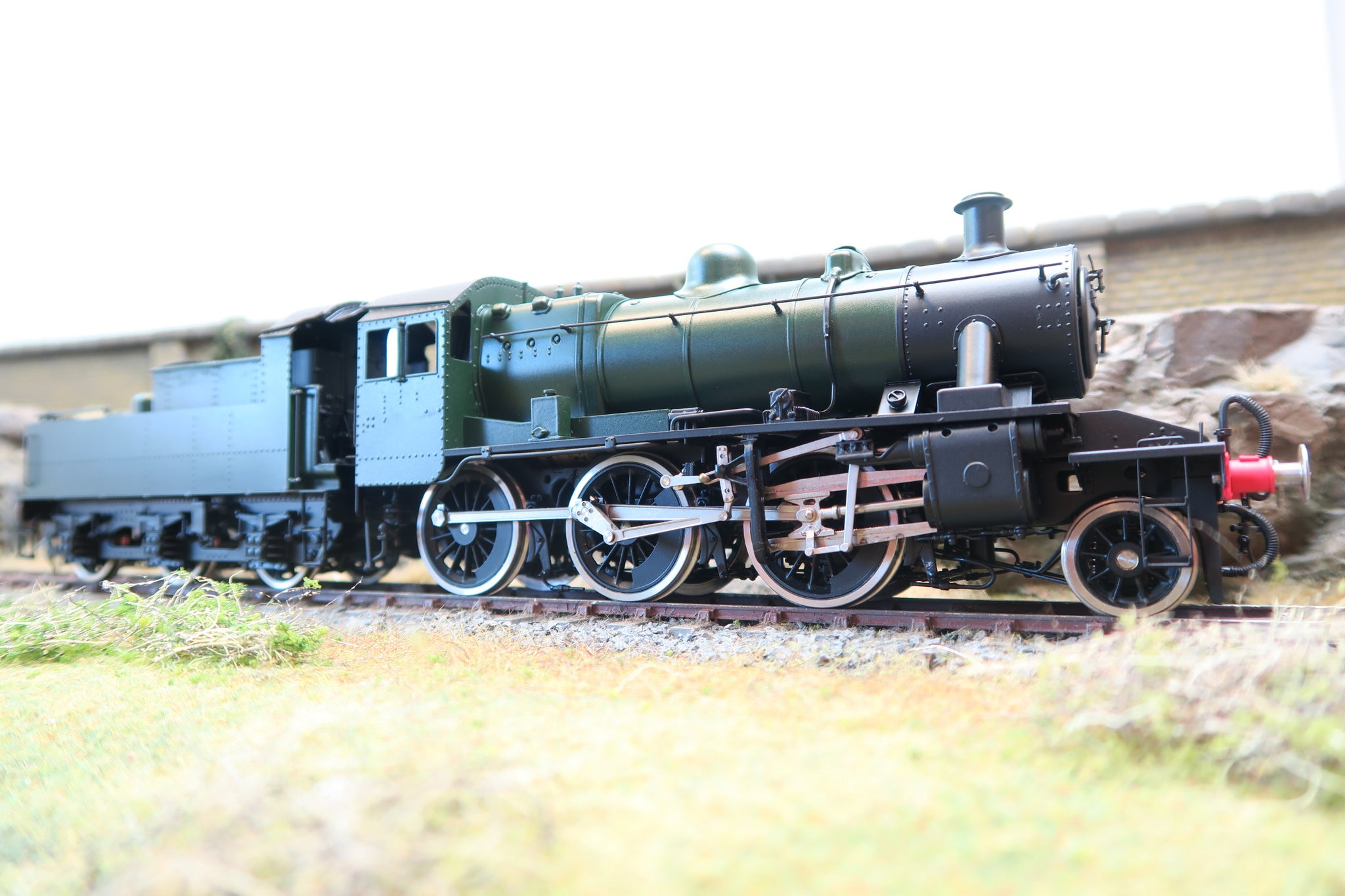Sancheng/Bachmann Brassworks 7mm Finescale O Gauge BR Green 2MT Class 2-6-0 Unlettered