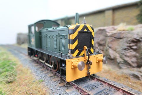 7mm Finescale O Gauge BR Green w/Wap Stripes 03 Diesel Shunter 'D2265'