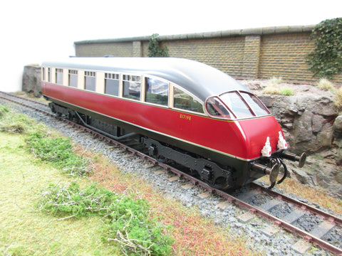 Golden Age Models 7mm O Gauge LNER Red & Cream Beaver Tail Coach 'E1729E'
