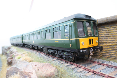 7mm Finescale O Gauge Kit Built BR 2-Car Class 101 DMU