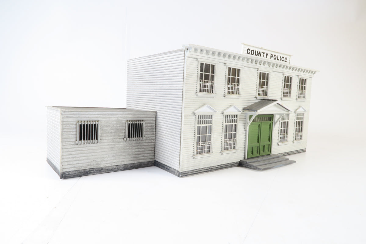 Allan Downes O Gauge American Style County Police Station