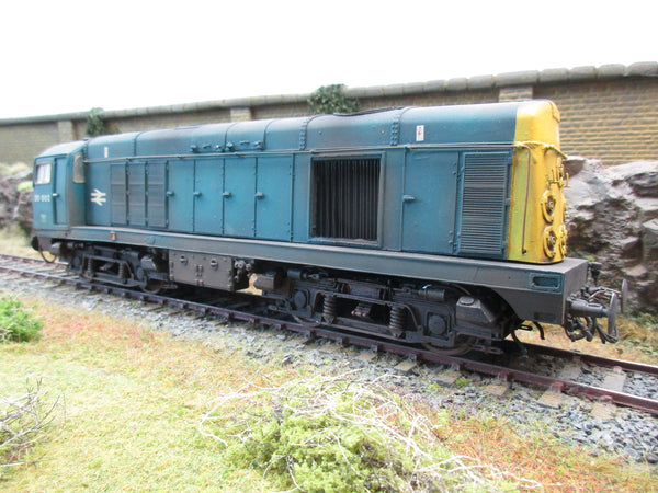 7mm Finescale O Gauge 'The Tower Collection' TC9 BR Blue Diesel Class 20 '20002' Full Yellow Ends