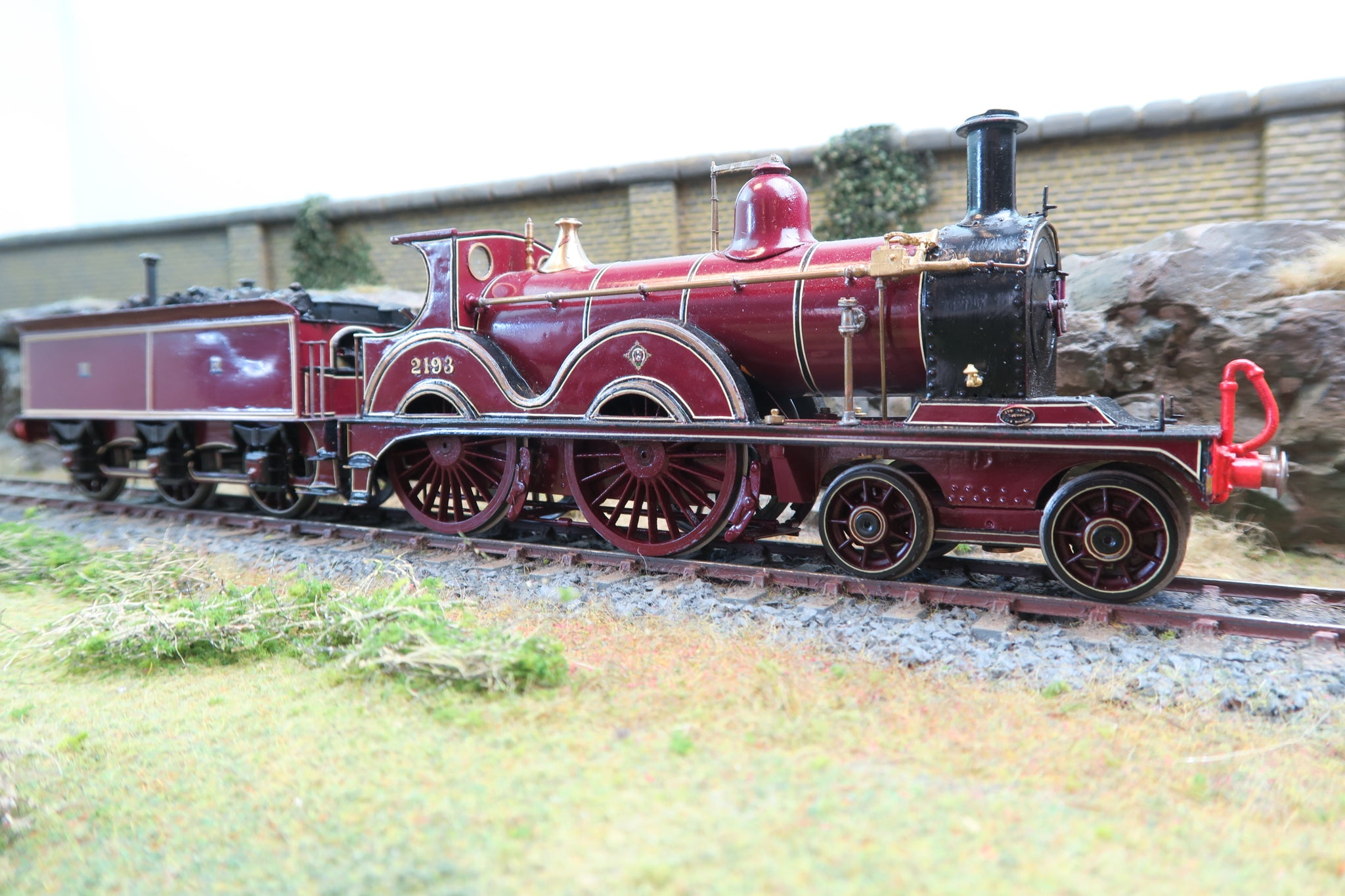 7mm Finescale Kit Built O Gauge MR Lined Maroon 4-4-0 '2193'