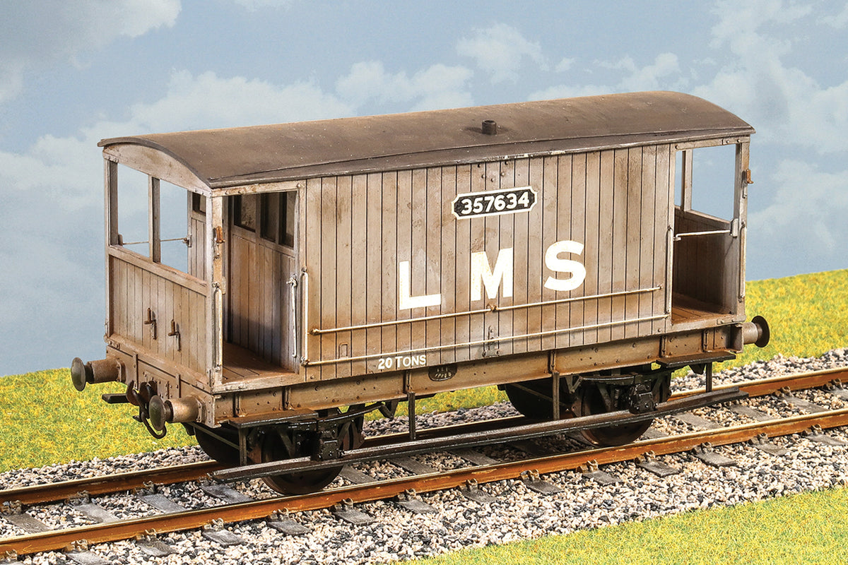 Parkside Dundas O Gauge PS111 LMS (ex MR) 20 ton Goods Brake Van Wagon Kit w/Wheels