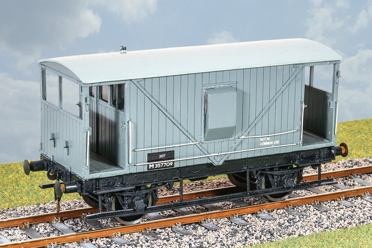 Parkside Dundas O Gauge PS40 LMS 20 Ton Goods Brake Van Wagon Kit w/Wheels