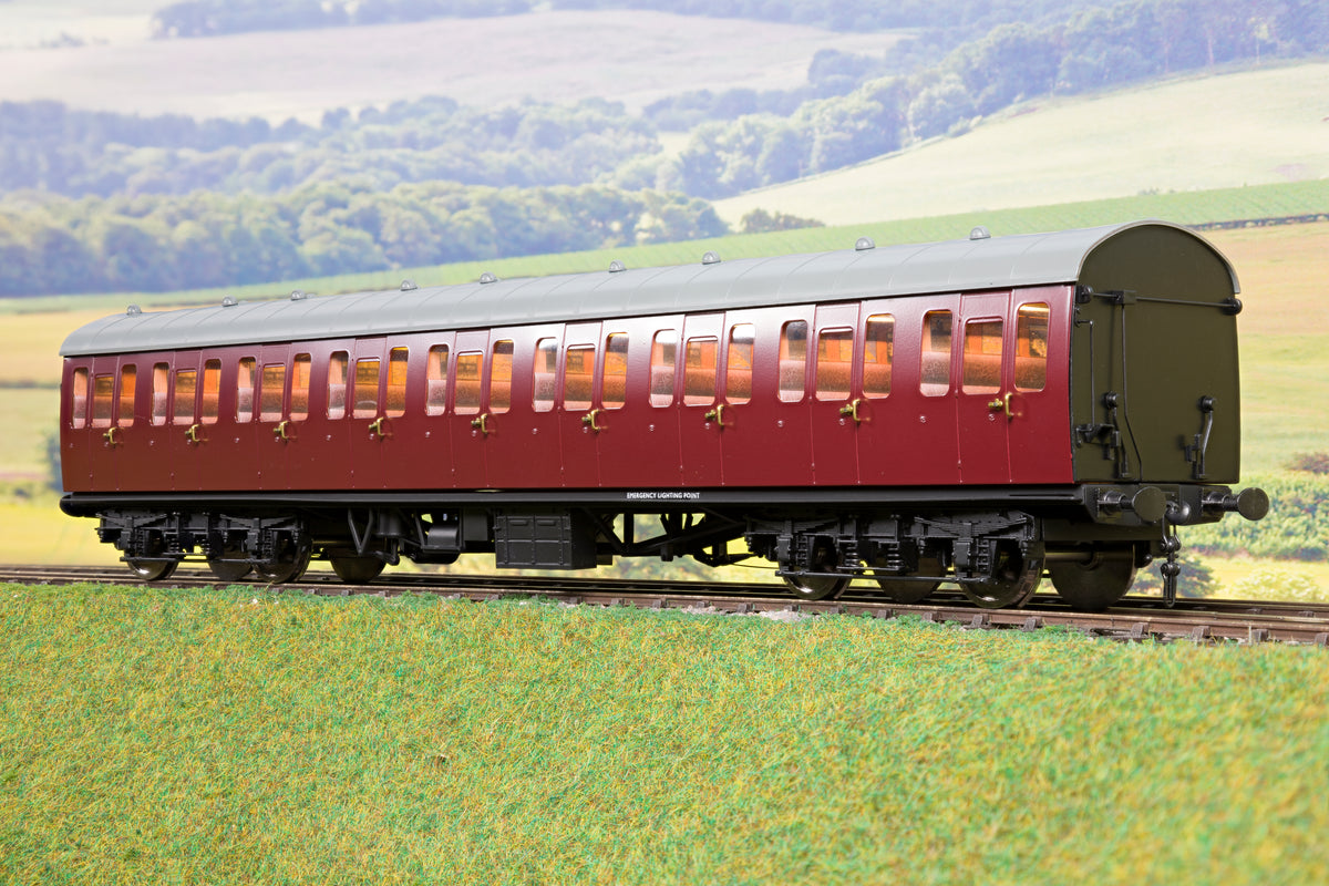 Darstaed D23-4-2 7mm Finescale O Gauge BR 57' Mk1 Suburban Second Class (S) Coach, BR Un-Lined Maroon