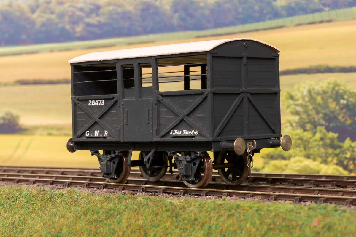 Finescale O Gauge GWR Goods Train, Incl. 45xx & Rake of 7 Wagons