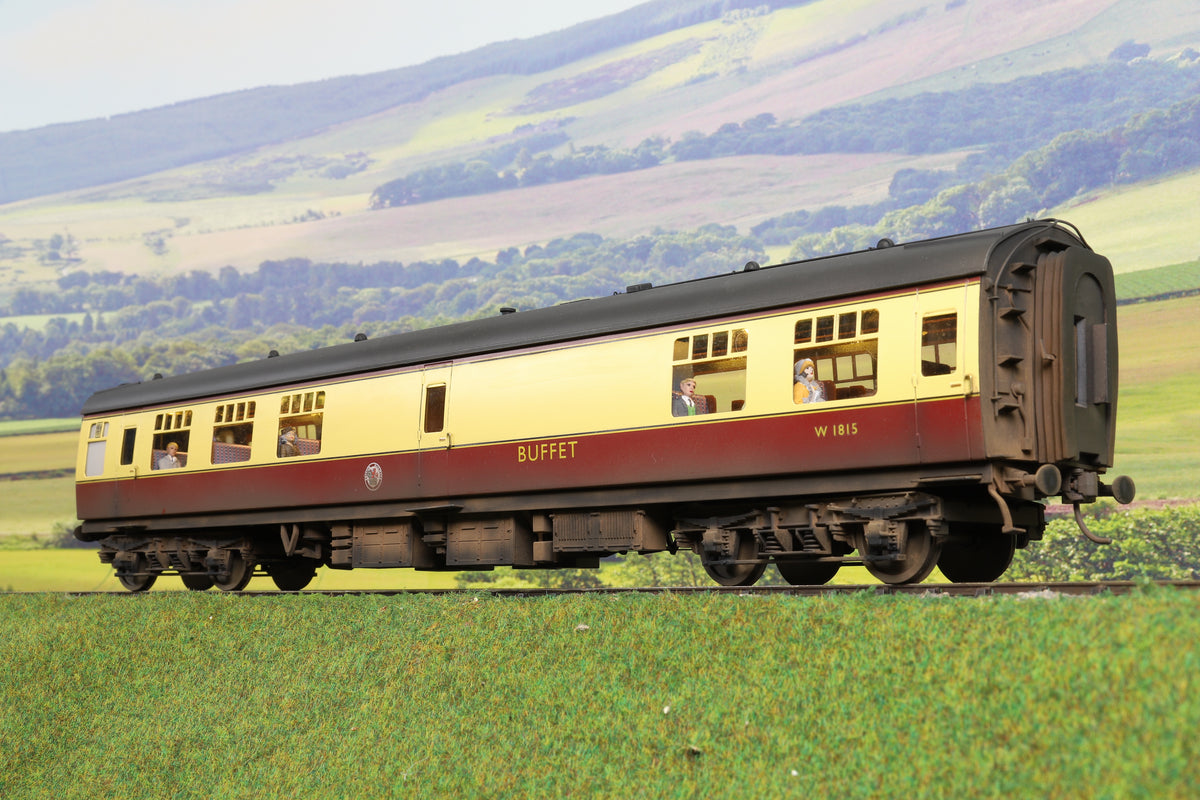 Darstaed Finescale O Gauge BR Mk1 RMB, Blood & Custard 'W1815', Weathered with Passengers
