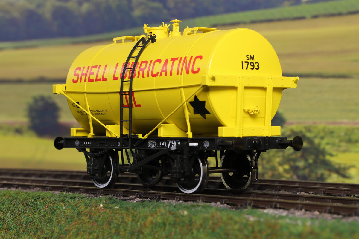 Dapol 7F-059-008 O Gauge 14T Tank Wagon Class B Shell Lubricating Oil 1793