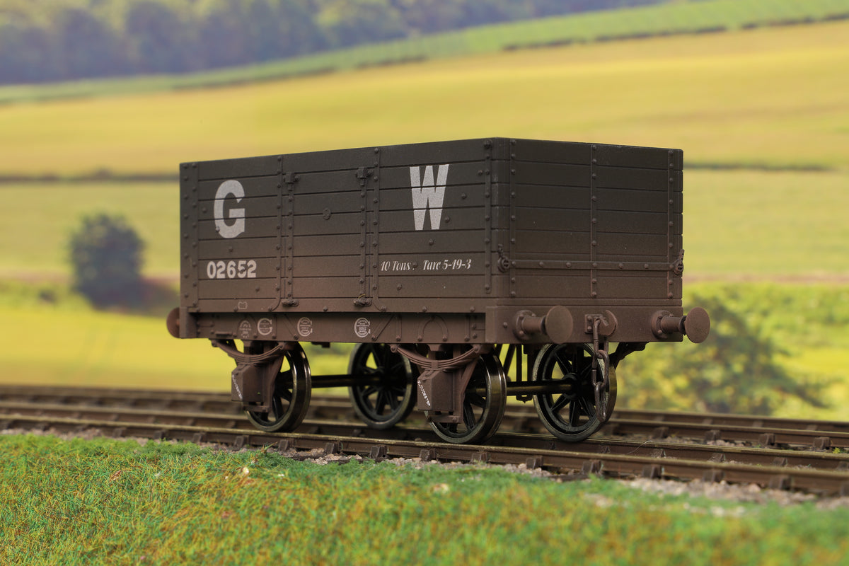 Dapol 7F-073-007W O Gauge 7 Plank 9' W/B Three Door GWR 02652 Weathered