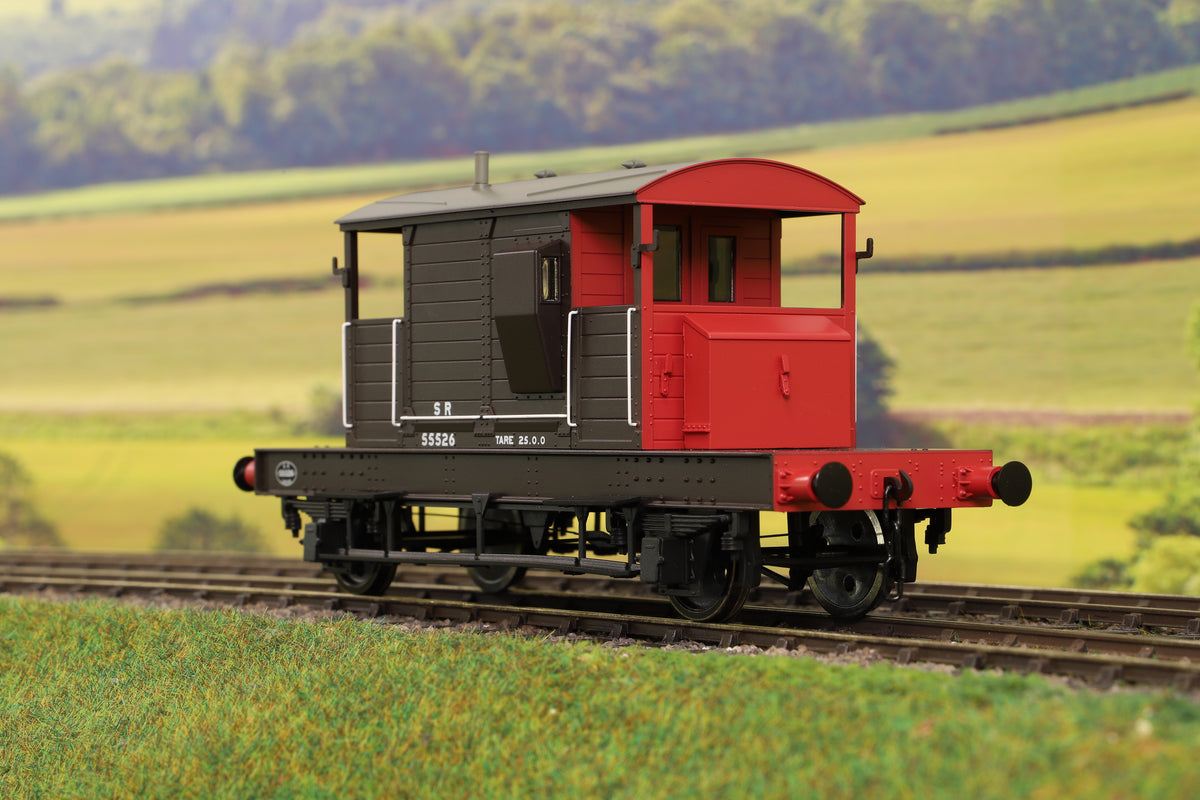 Dapol 7F-100-006 O Gauge Brake Van SR Brown/Red Small Letters Even Plank 55526