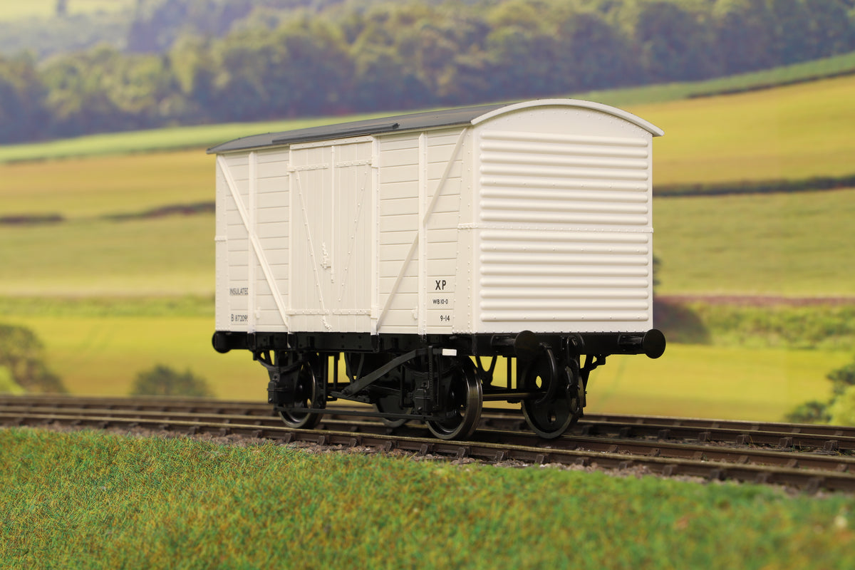 Dapol 7F-057-004 O Gauge BR Insulated Van Diag 0251 White B872095