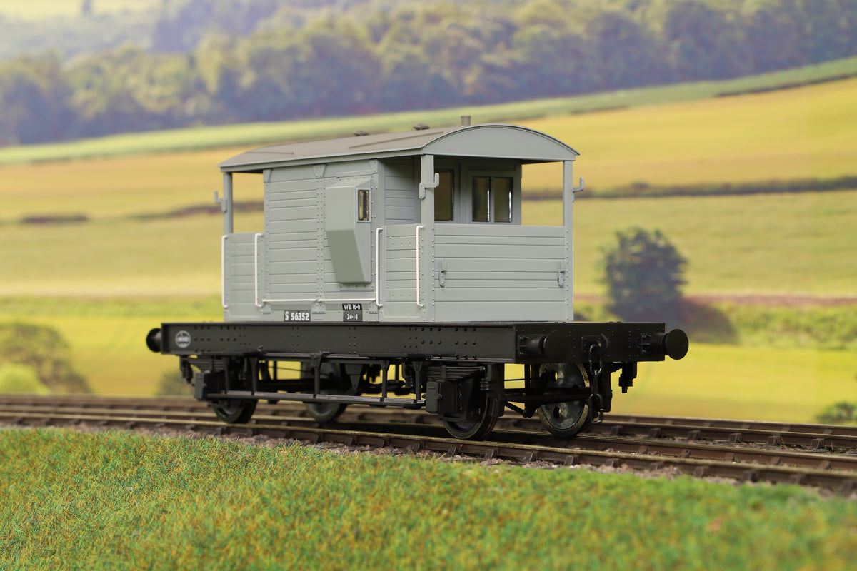 Dapol 7F-100-102 O Gauge Brake Van BR Grey Uneven Plank S56352
