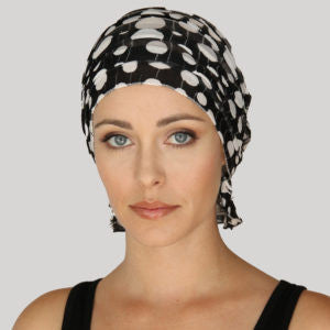 JENNIFER CHEMO BEANIE - Black and White Polka Dot Ruffle