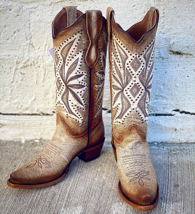Corral Boots - Straw Laser & Embroidery