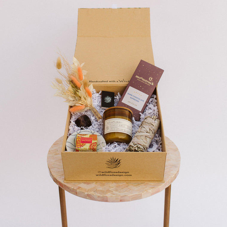 SHIPPABLE Signature Wildflora Gift Box