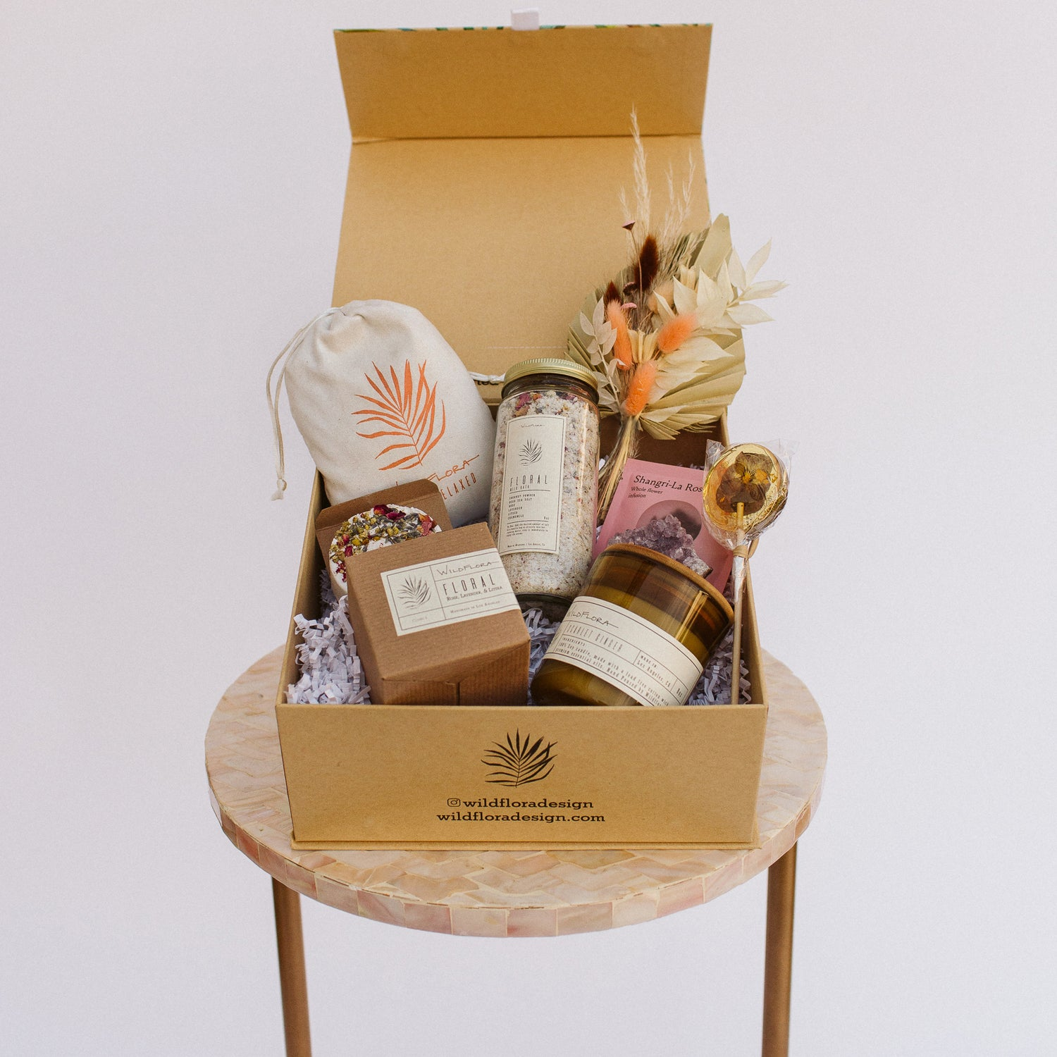 SHIPPABLE Botanical Gift Box