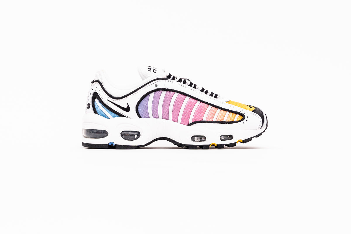 WMNS Air Max Tailwind