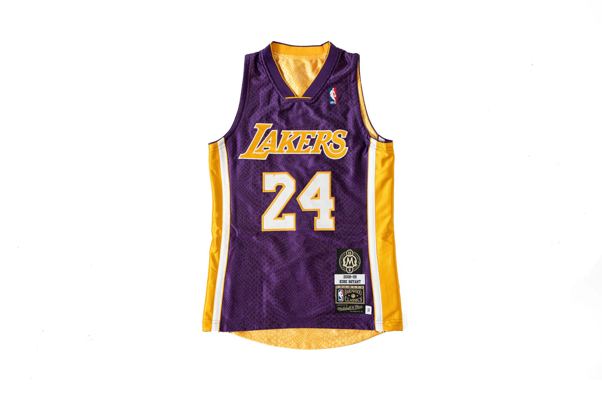Mitchell & Ness Kobe Bryant Los Angels Lakers Reversible Jersey ...