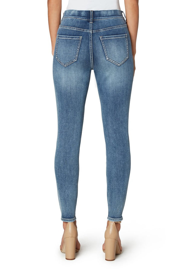 "Liverpool Gia Glider Distressed Skinny in 28"" Inseam"