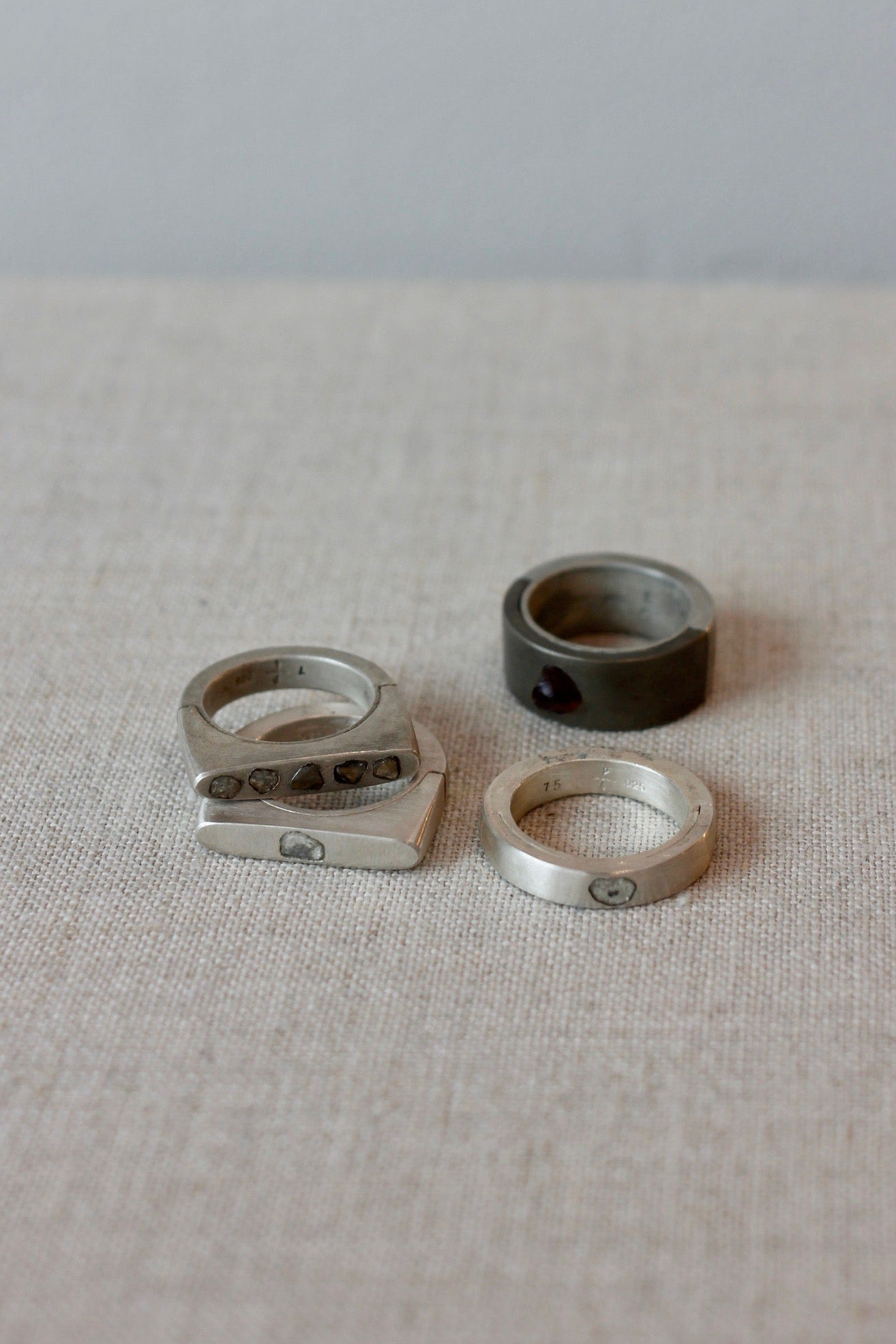 PARTS OF FOUR Sistema Garnet Ring
