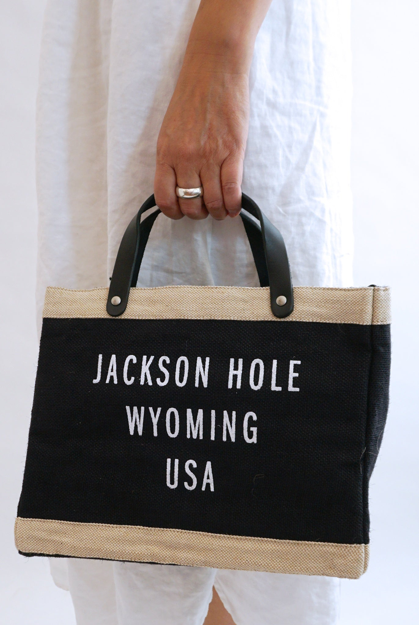 APOLIS Jackson Hole Petite Market Bag