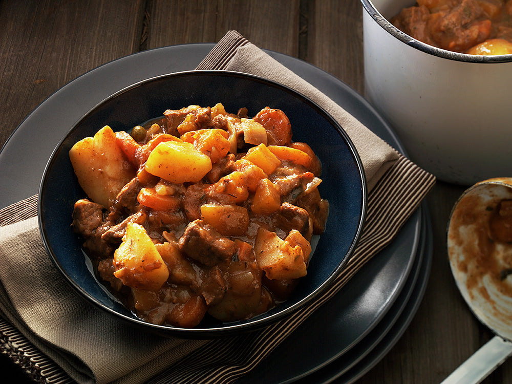 Slow Comfortable Stew - Serves 4 to 6 - COOK TIME 4 - 8 HRS