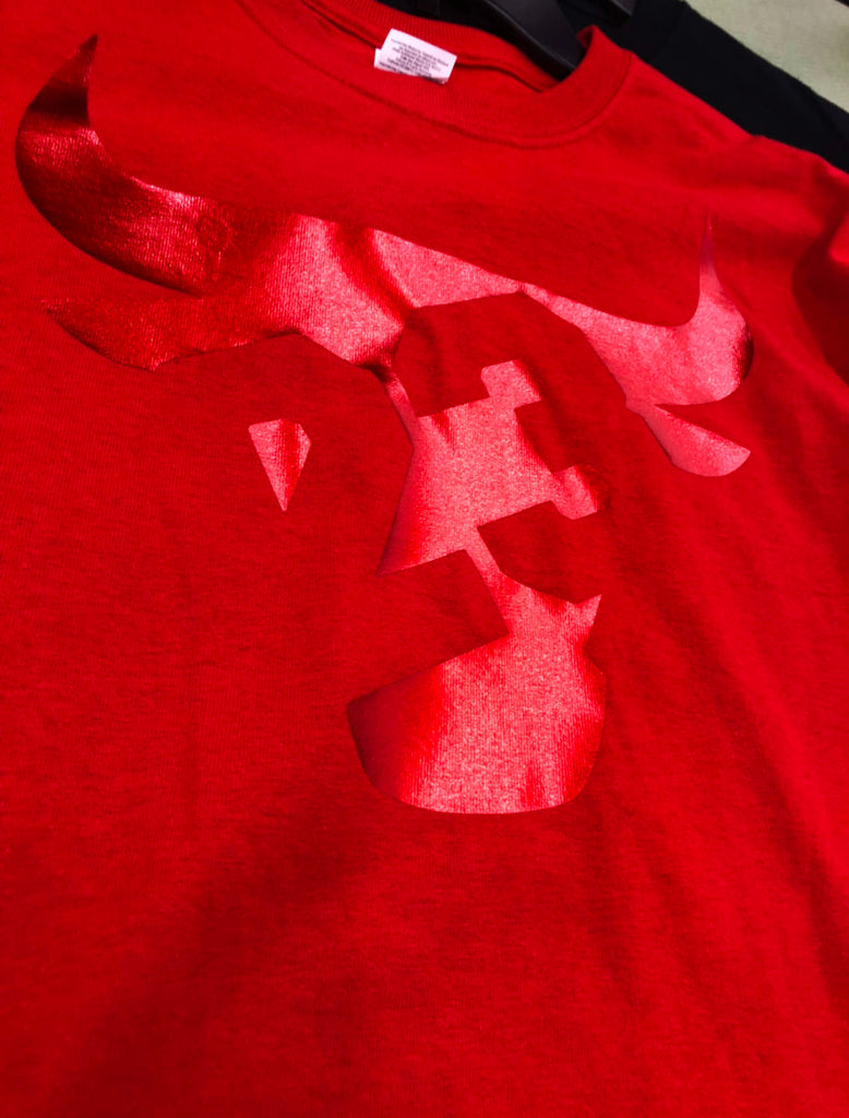 Gym Red 12 Bull 23 METALLIC RED TEE