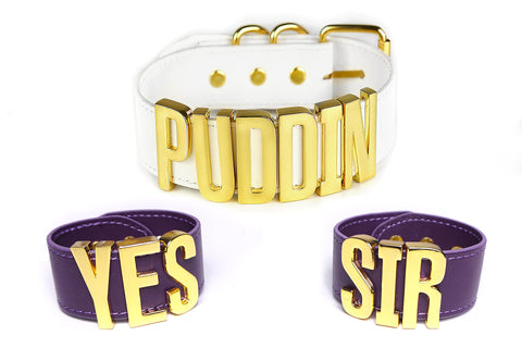 "Harley Quinn Cosplay Set XL: ""PUDDIN"" Choker + ""Yes Sir"" Cuff Bracelets - Gold"