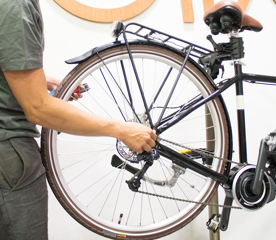 Quick Fix: How to Change a Flat