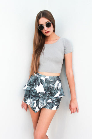 grey knit crrop top, printed skort