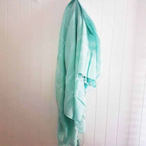 Classic Beach style - XL Turkish towel / Beach blanket - the ANGOURIE in Mint