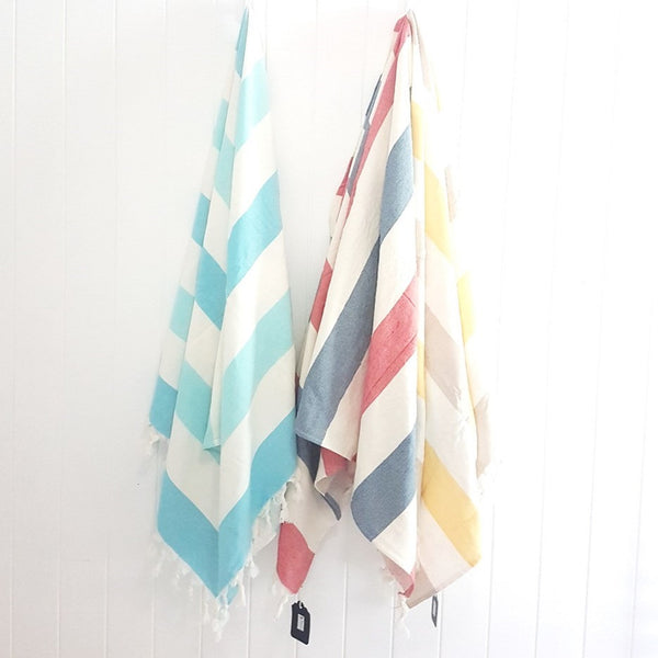 FUSION Stripes - luxurious Turkish towel with a little extra - fresh fun and always practical - beach bath or gym towel