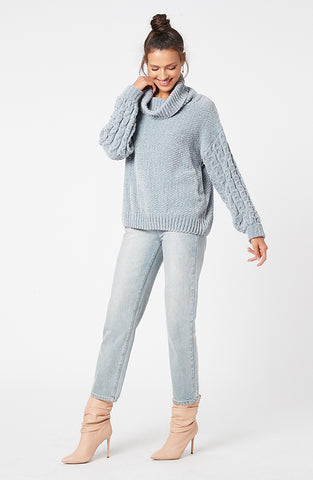 TIMELESS ROLL NECK JUMPER