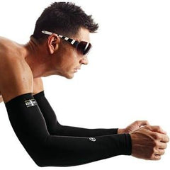 Assos Evo7 Tiburu Arm Warmers- Warm and Water Repellent