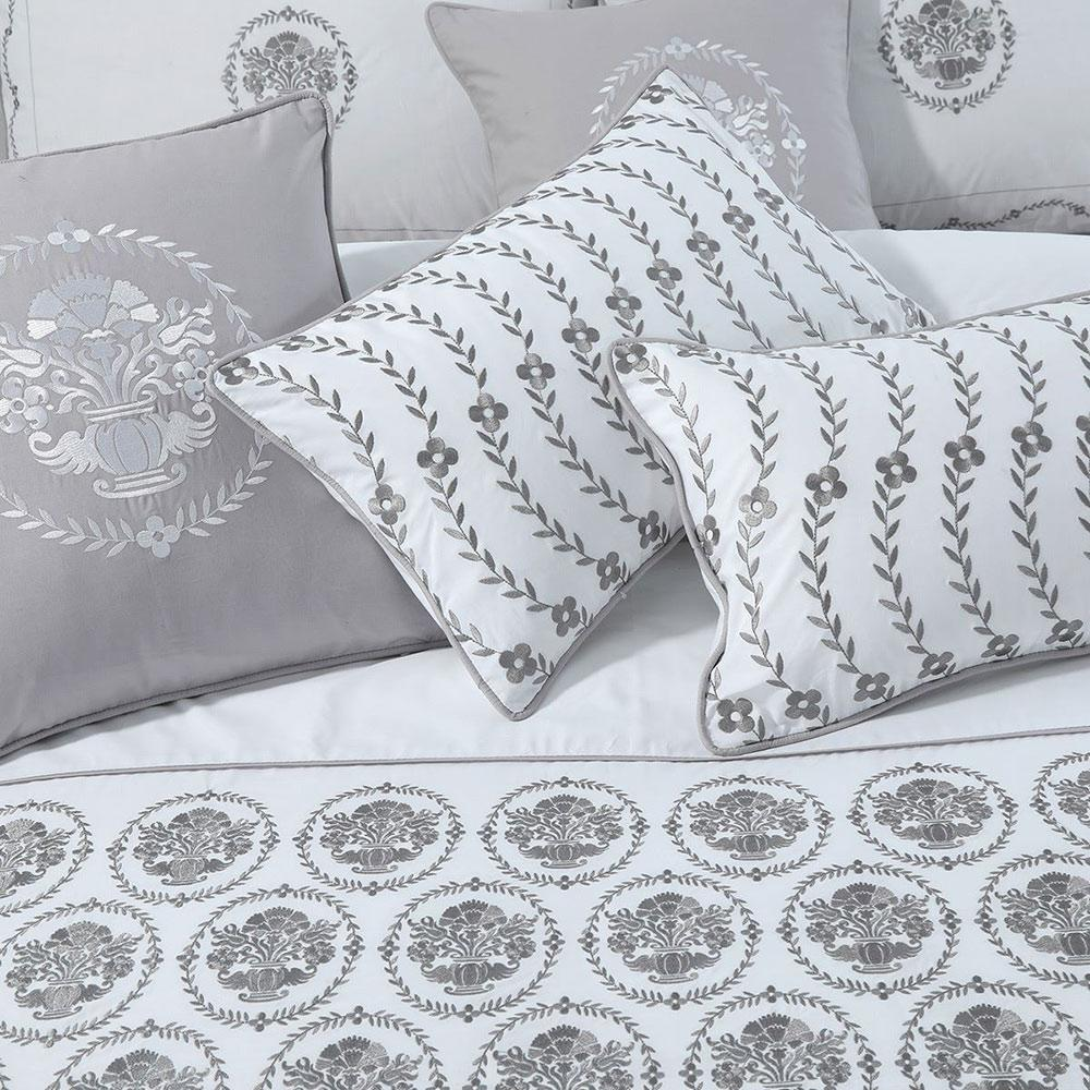 76fced298d Araish Aztec Embroidered 6 Pcs Bedding Set Bed Sheet Araish