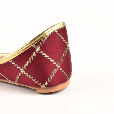 Embroidered Velvet Khussa Women's Shoes Hpral