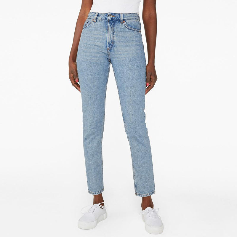 Monki Women's Light Wash Comfy Relaxed Fit Denim Women's Denim SRK