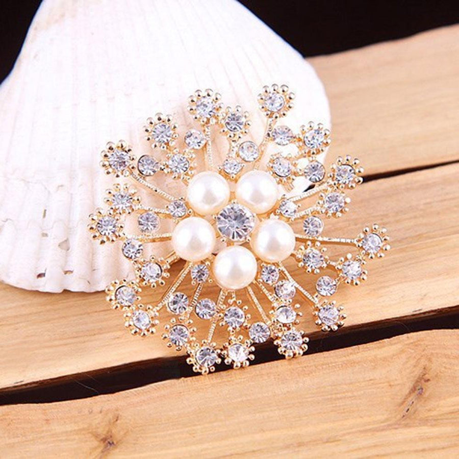 Kaifeng Pearl Inlay Flower Brooch Pin