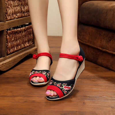 Gongyibuxie Open Toe Floral Pattern Embro Canvas Sandals