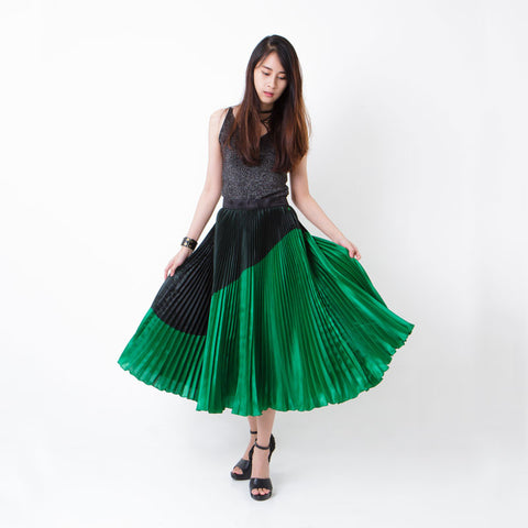 กระโปรงพลีท Italian Silk Pleated Skirt - Enerald