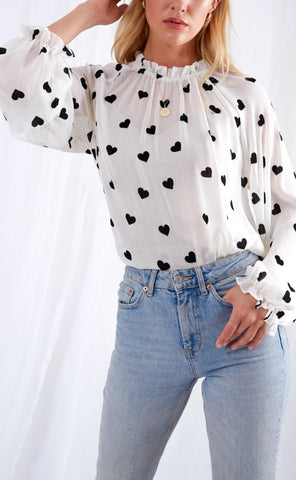 top, pretty lavish, love hearts, white, black print, white top