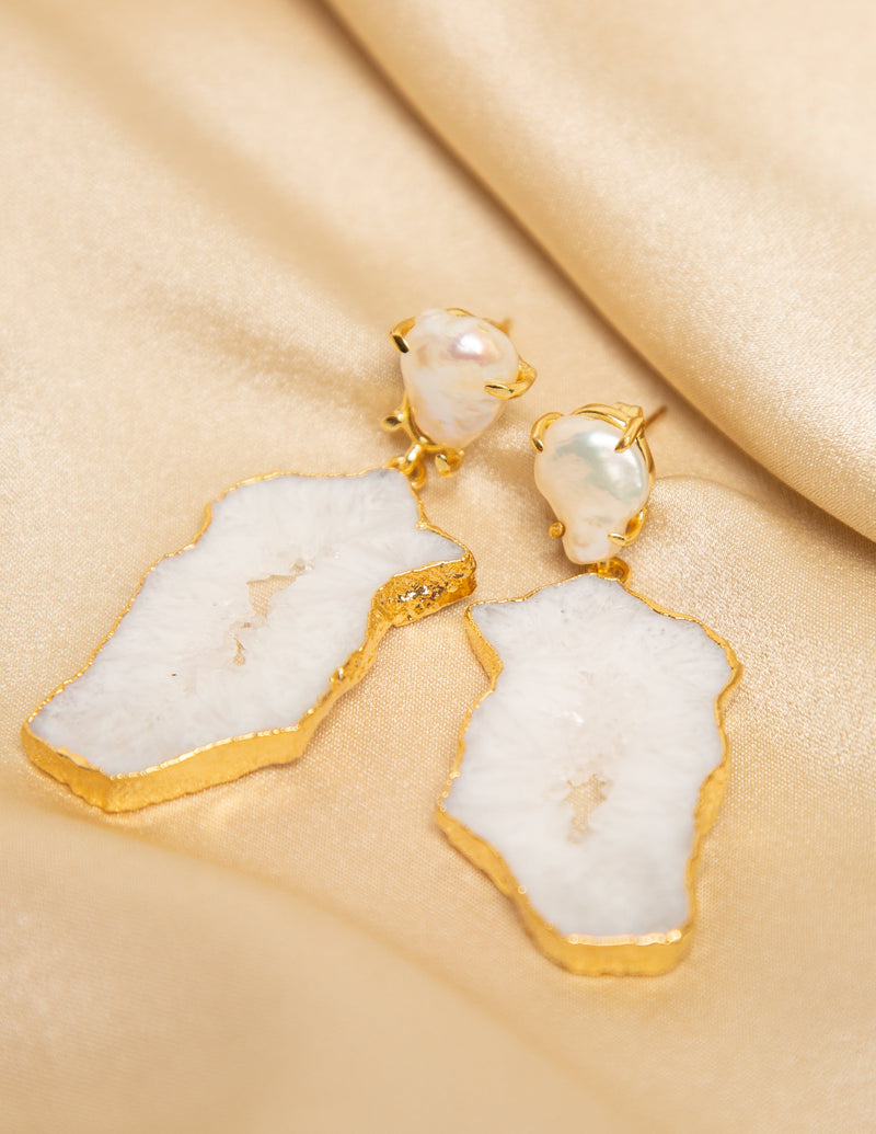 LEO ABSTRACT GEMSTONE EARRINGS - CLEAR OPALESCENT
