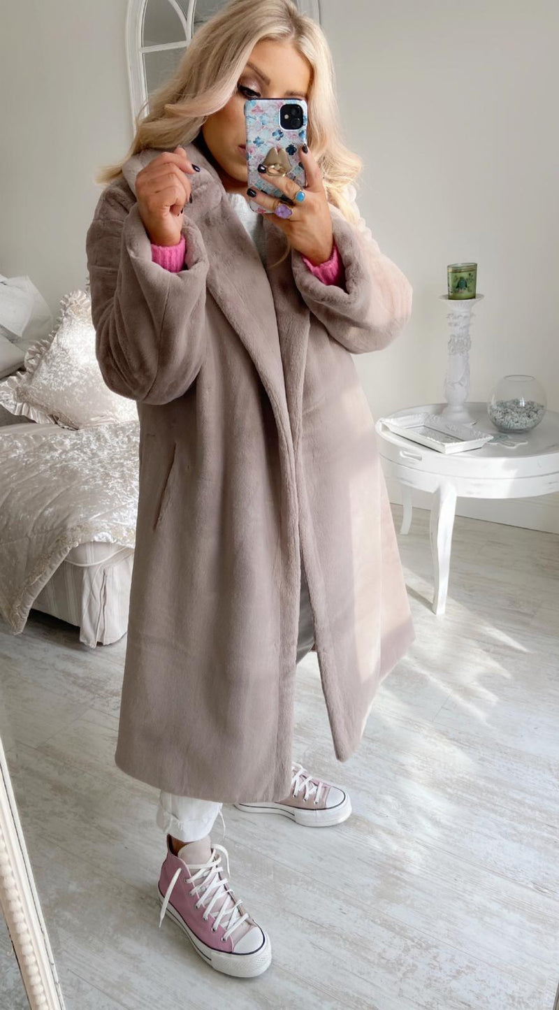 ANGEL LUXURY SUPER SOFT TEDDY COAT - MOCHA