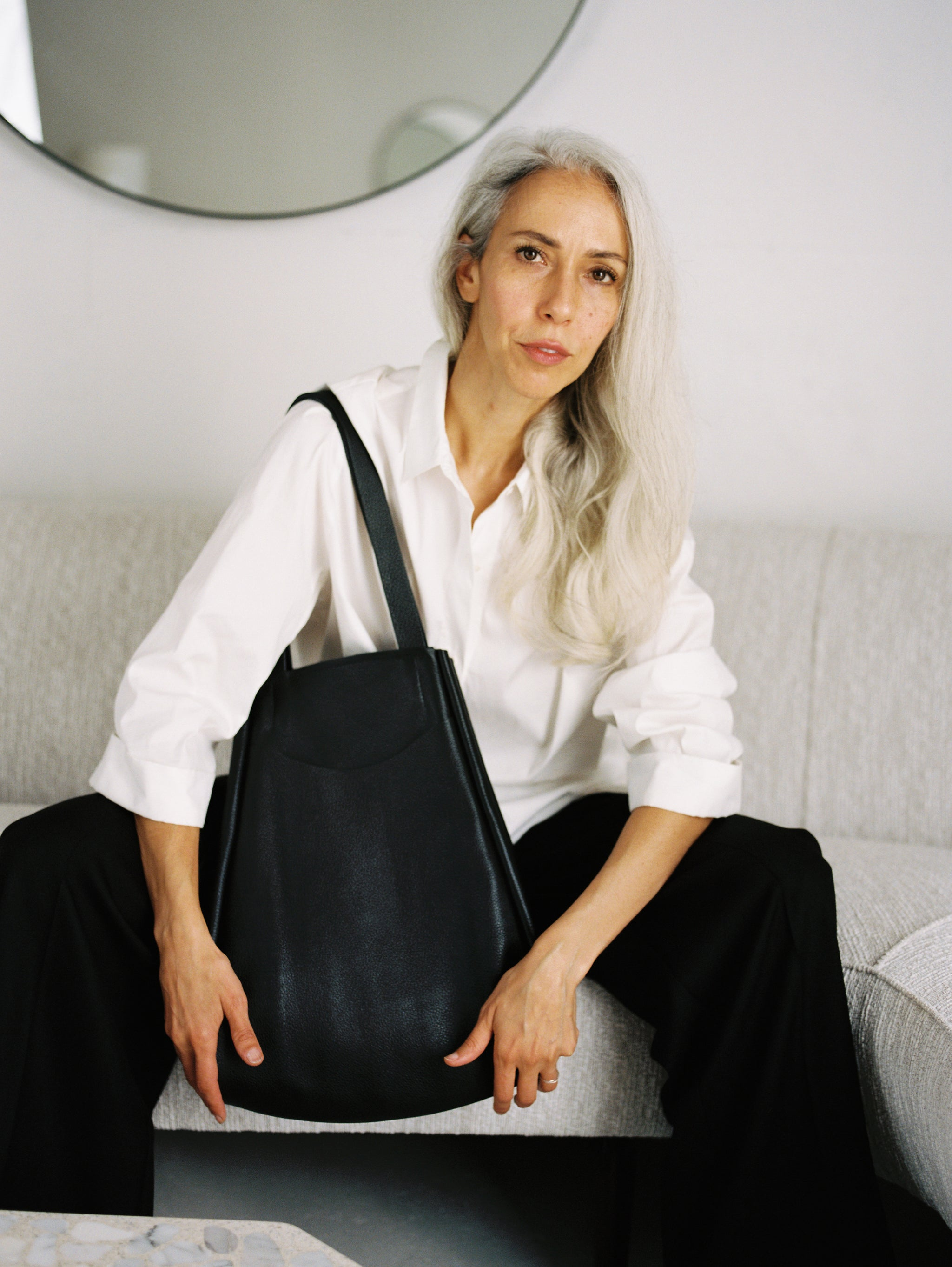 Archy Tote - Navy Pebble