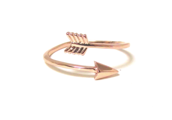 'Arizona' Rose Gold Arrow Ring - Lubie Paris