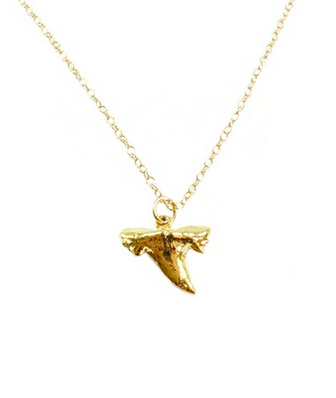 'Sauvage' Gold Tiny Sharktooth Necklace - Lubie Paris   - 1